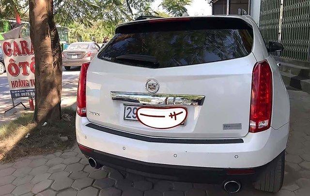 Cần bán lại xe Cadillac SRX sản xuất năm 2011, màu trắng, xe nhập chính hãng0