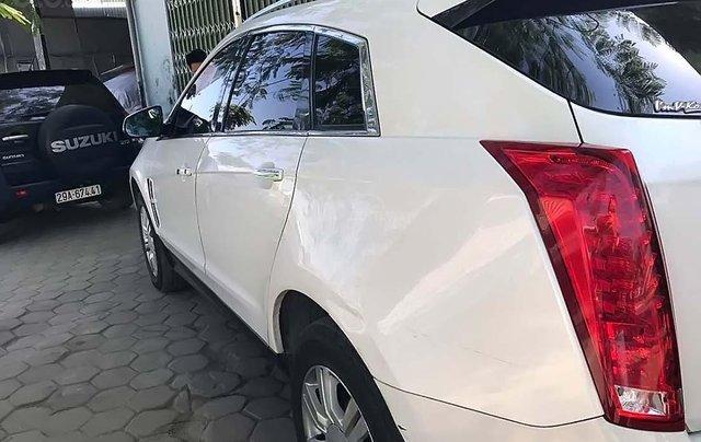 Cần bán lại xe Cadillac SRX sản xuất năm 2011, màu trắng, xe nhập chính hãng1