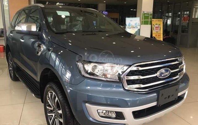 Bán xe Ford Everest 4WD 2019 xe nhập khẩu nguyên chiếc đủ màu giao ngay0