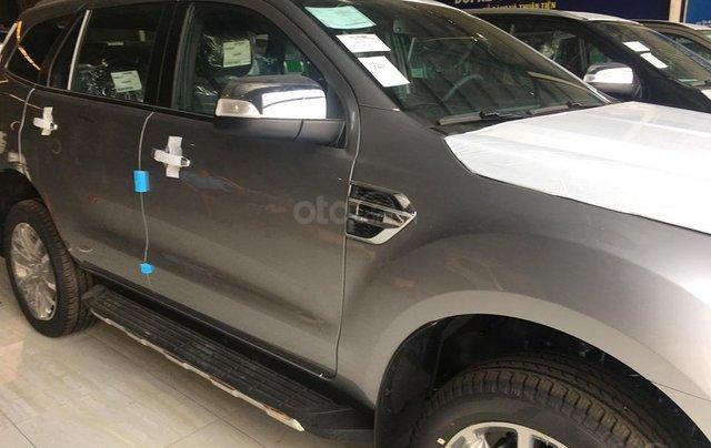 Bán xe Ford Everest 4WD 2019 xe nhập khẩu nguyên chiếc đủ màu giao ngay5