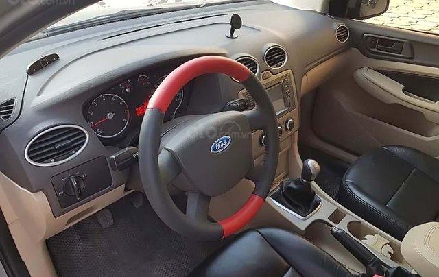 Bán Ford Focus năm sản xuất 2011 số sàn, 290tr xe còn mới lắm2