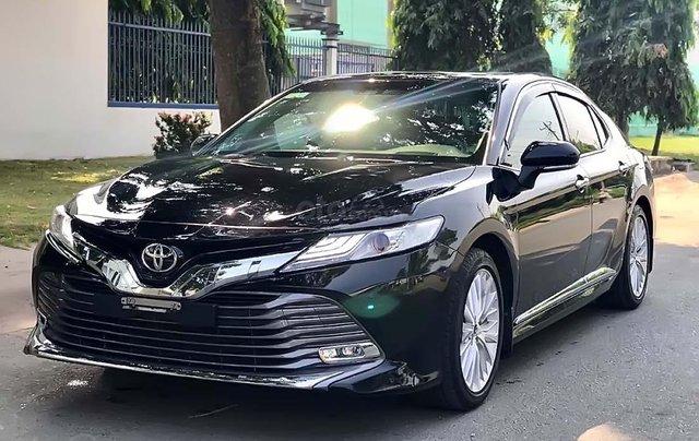 Bán Toyota Camry 2019, màu đen, nhập khẩu chính hãng2