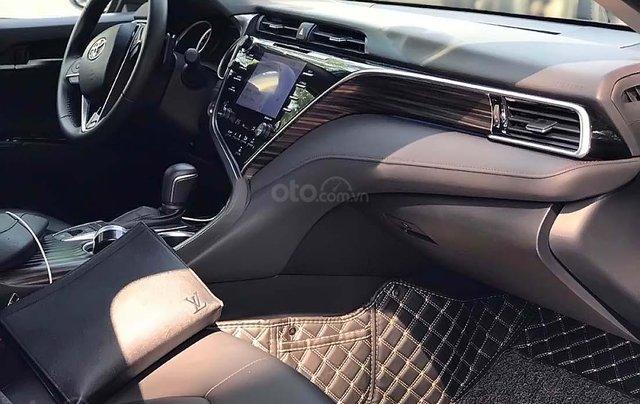 Bán Toyota Camry 2019, màu đen, nhập khẩu chính hãng1