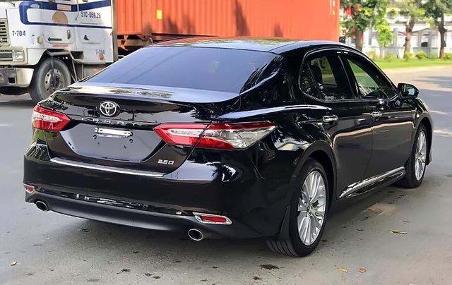 Bán Toyota Camry 2019, màu đen, nhập khẩu chính hãng4