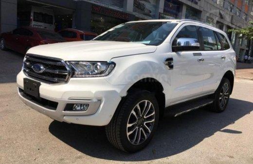 Bán - Ford Everest giá ưu đãi cuối năm, hỗ trợ trả góp thủ tục nhanh , LH 09098502550