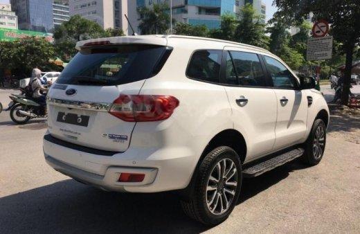Bán - Ford Everest giá ưu đãi cuối năm, hỗ trợ trả góp thủ tục nhanh , LH 09098502551