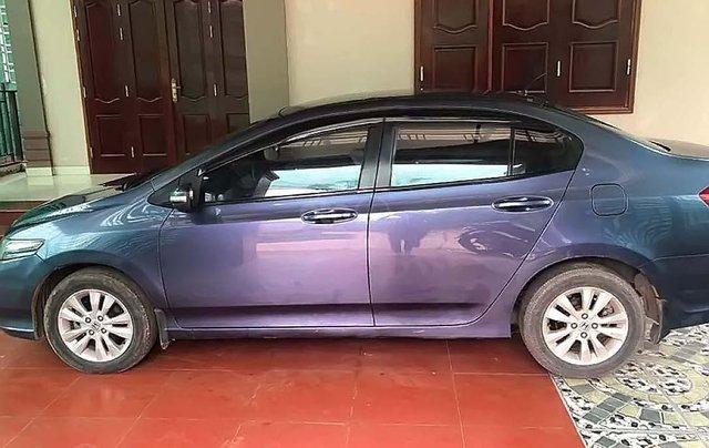 Cần bán Honda City 1.5 AT đời 2013, màu xanh lam số tự động1