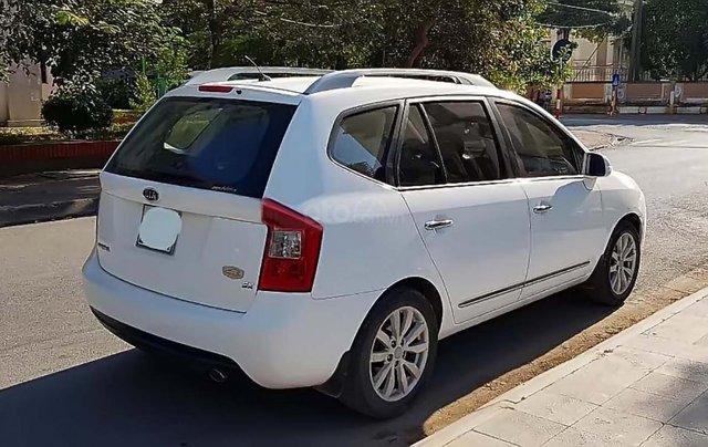 Bán Kia Carens AT sản xuất 2011, màu trắng số tự động, 355tr1