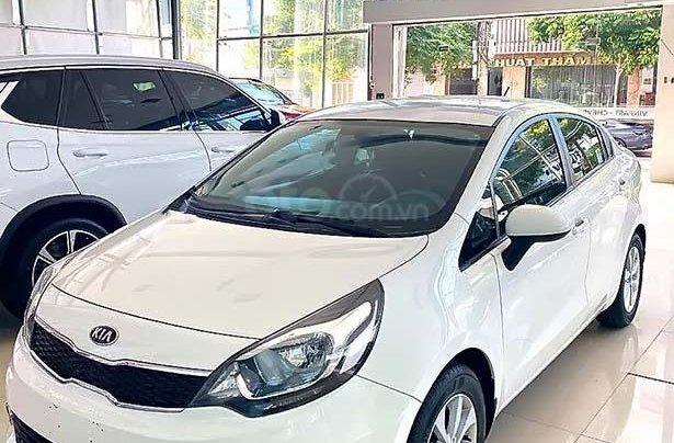 Bán xe Kia Rio 1.4 MT đời 2016, màu trắng, nhập khẩu0