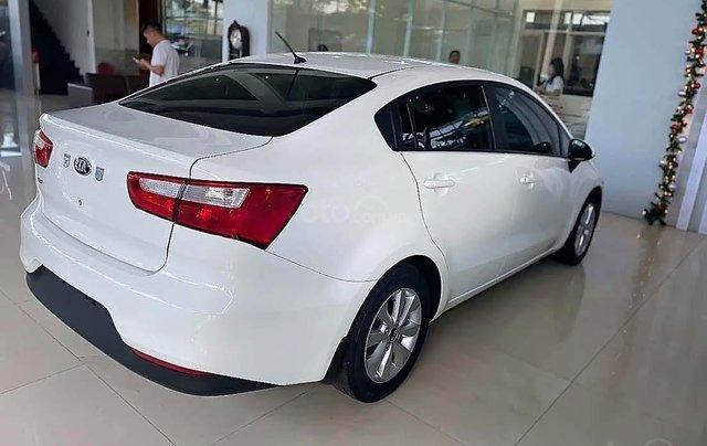 Bán xe Kia Rio 1.4 MT đời 2016, màu trắng, nhập khẩu1
