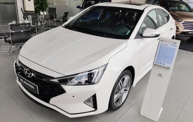 Giảm nóng 50% TTB - Hyundai Elantra - cam kết giá tốt nhất toàn hệ thống7