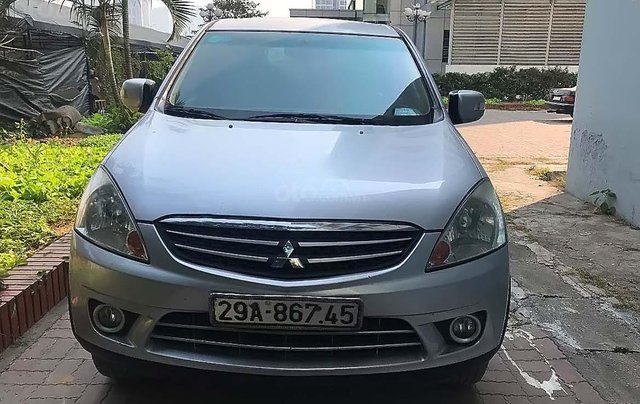 Cần bán lại xe Mitsubishi Zinger GLS 2.4 MT sản xuất năm 2008, màu bạc0