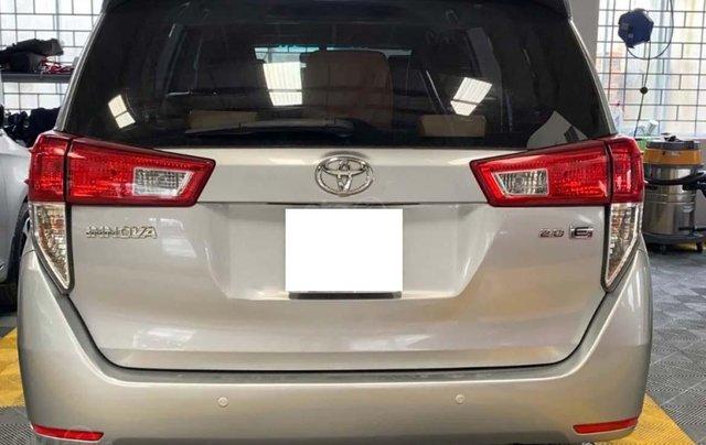 Bán Toyota Innova 2.0E năm 2016, màu bạc số sàn, giá tốt4