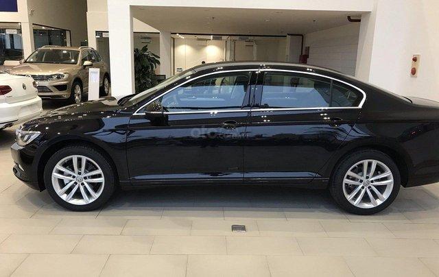 Chỉ còn 2 chiếc Volkswagen Passat 2019 giá thấp hơn Camry, khuyến mãi shock chỉ 1,199,000,000 Vnđ cho 1 chiếc xe Đức1