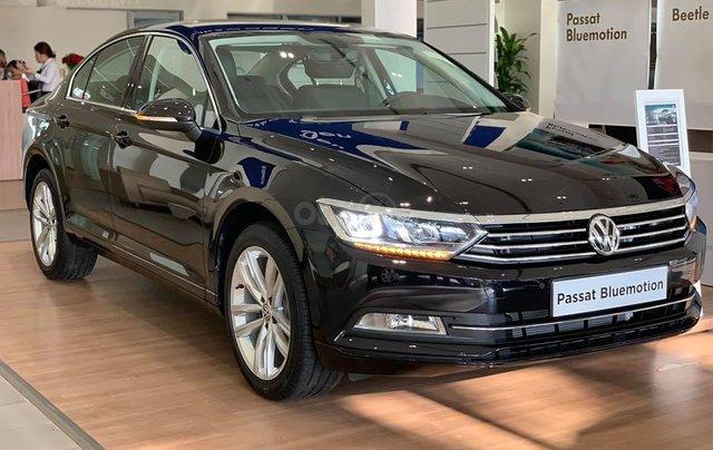 Chỉ còn 2 chiếc Volkswagen Passat 2019 giá thấp hơn Camry, khuyến mãi shock chỉ 1,199,000,000 Vnđ cho 1 chiếc xe Đức4