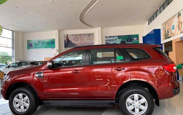 Bán Ford Everest 4x2 AT đời 2019, 1 cầu, nhập khẩu nguyên chiếc - Nhận ngay ưu đãi khủng tiền mặt- lh 0969.016.6920