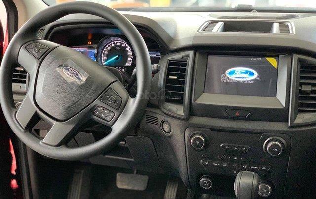 Bán Ford Everest 4x2 AT đời 2019, 1 cầu, nhập khẩu nguyên chiếc - Nhận ngay ưu đãi khủng tiền mặt- lh 0969.016.6922