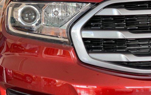 Bán Ford Everest 4x2 AT đời 2019, 1 cầu, nhập khẩu nguyên chiếc - Nhận ngay ưu đãi khủng tiền mặt- lh 0969.016.6925