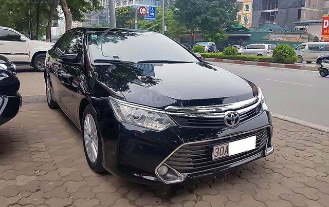 Cần bán gấp Toyota Camry 2.5G 2015, màu đen, giá tốt0