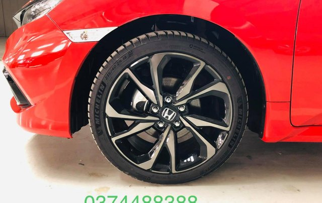 Honda ô tô Hà Nội: Honda Civic RS 2019 giá sales sập sàn, giảm giá lên đến 70tr, giao ngay3