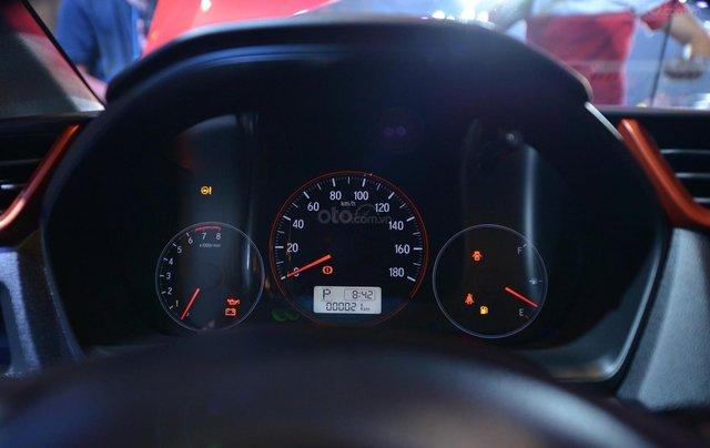 Honda ô tô Hà Nội, Honda Brio tặng tiền mặt, phụ kiện, bảo hiểm trả trước 100tr nhận xe 9