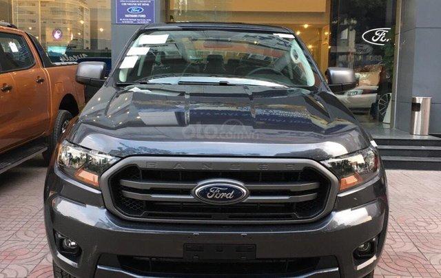 Bán Ford Ranger XLS AT 2019, màu xám (ghi), nhập khẩu chính hãng, giá tốt, cần giao ngay LH 09690166922