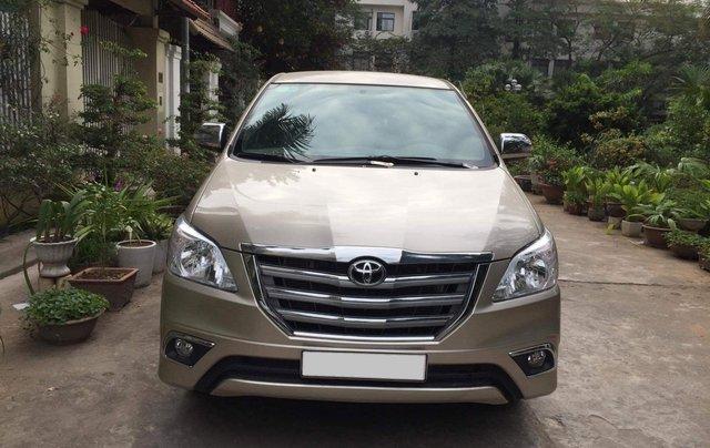 Gia đình tôi cần bán chiếc Toyota Innova 2.0E 2015 số sàn chính chủ gia đình ai có nhu cầu lh 09880686230