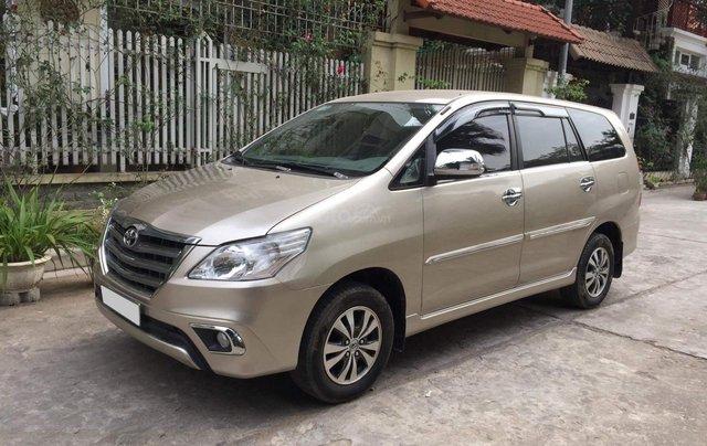 Gia đình tôi cần bán chiếc Toyota Innova 2.0E 2015 số sàn chính chủ gia đình ai có nhu cầu lh 09880686232