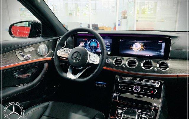 Cơ hội tốt nhất để mua Mercedes-Benz E300 New - KM 100% thuế trước bạ, trả 799 triệu nhận xe 2