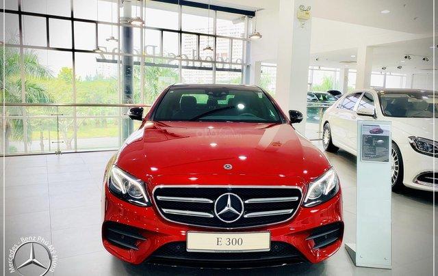 Cơ hội tốt nhất để mua Mercedes-Benz E300 New - KM 100% thuế trước bạ, trả 799 triệu nhận xe 0