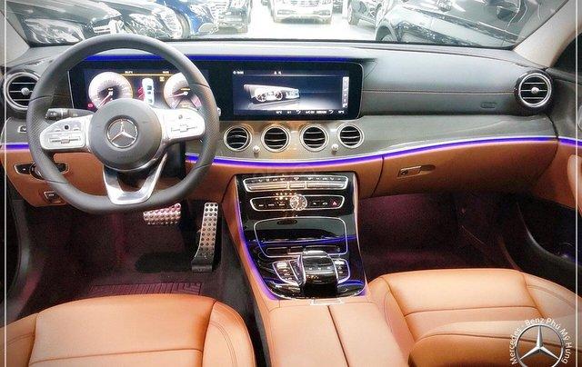 Bán Mercedes-Benz E300 AMG New 2020 - thuế trước bạ 5% - xe giao ngay, đưa trước 899 triệu nhận xe 2