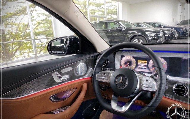 Bán Mercedes-Benz E300 AMG New 2020 - thuế trước bạ 5% - xe giao ngay, đưa trước 899 triệu nhận xe 4
