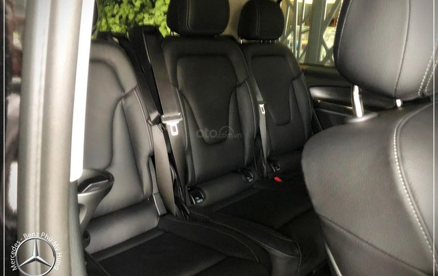 Mercedes-Benz V250 Luxury 7 chỗ new model 2020 - có xe giao ngay - hỗ trợ bank 80% 11