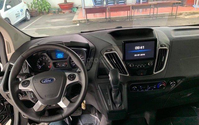 Ford Tourneo MPV phiên bản hoàn toàn mới đời 2021, giá tốt tặng phụ kiện5
