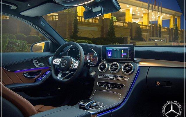 Bán Mercedes-Benz C300 AMG - model 2020 - hỗ trợ bank 80% - khuyến mãi đặc biệt trong tháng 10