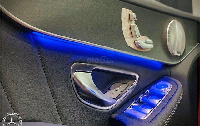 Bán Mercedes C300 AMG New 2020 với giá tốt nhất- Bank hỗ trợ 80%  5