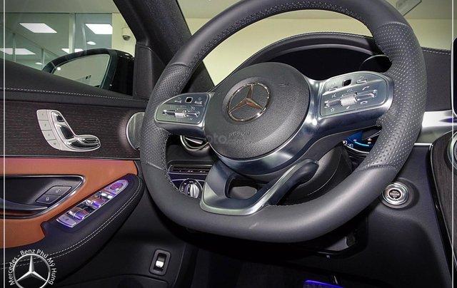 Mercedes-Benz C300 AMG New - thuế TB 5%- Bank 80% - trả trước 480 triệu nhận xe 8