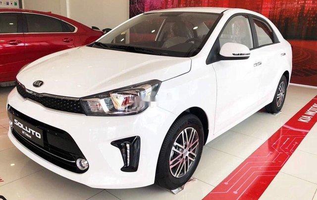 Cần bán Kia Soluto MT Deluxe đời 2019, màu trắng, giá chỉ 425 triệu0
