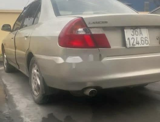 Cần bán lại xe Mitsubishi Lancer năm 20000