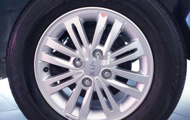 Cần bán Kia Soluto MT Deluxe đời 2019, màu trắng, giá chỉ 425 triệu3