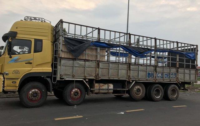 Bán xe Dongfeng 5 chân đời 2015 tải trọng 22 tấn xe đẹp không lỗi2