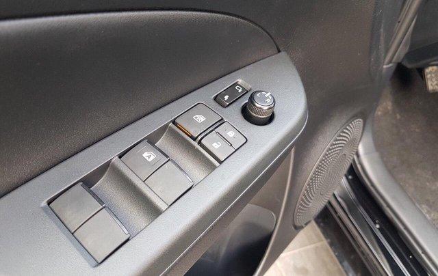 Cần bán xe Toyota Vios 1.5E MT đời 2020, xe đủ màu giao ngay. LH 09012603689