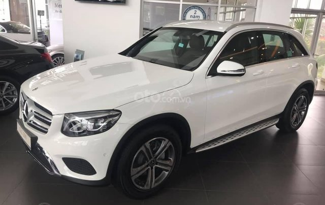 Mercedes Benz GLC 200 model 2020 - đủ màu, giao xe ngay + quà tết - hỗ trợ bank 80% - LH: 0934.983.9692