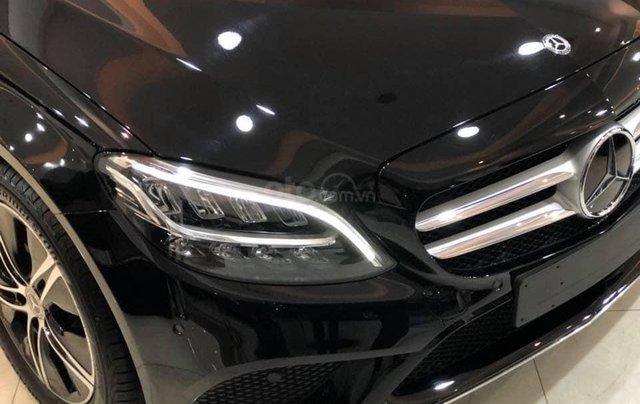 Mercedes-Benz C 180 2020 sắp ra mắt tại Việt Nam, đối đầu Toyota Camry có gì đặc biệt?1