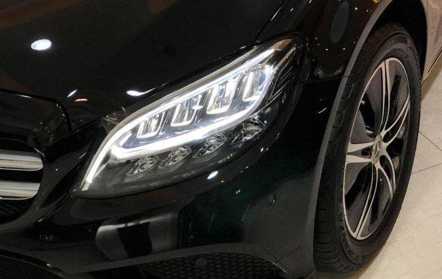 Mercedes-Benz C 180 2020 sắp ra mắt tại Việt Nam, đối đầu Toyota Camry có gì đặc biệt?2