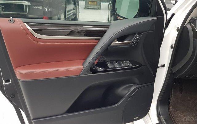 Bán Lexus LX570 sản xuất 2018, đăng ký tên cá nhân3
