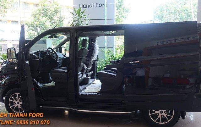 Ford Tourneo 2020 - giá chỉ 960 triệu - LH 0936 810 070 để nhận ưu đãi tốt nhất1