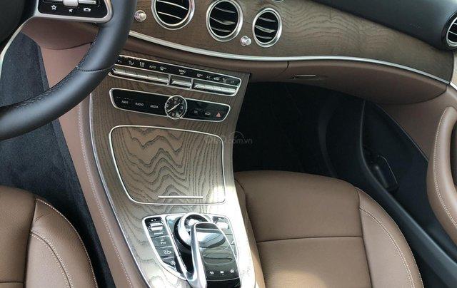 Mercedes E200 thế hệ mới, động cơ mạnh mẽ và trang bị tiên tiến2