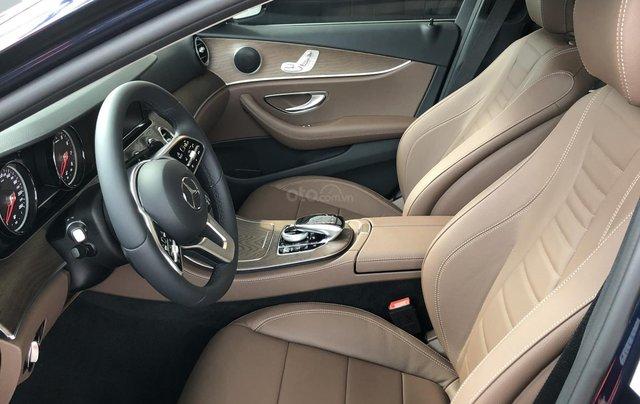 Mercedes E200 thế hệ mới, động cơ mạnh mẽ và trang bị tiên tiến3