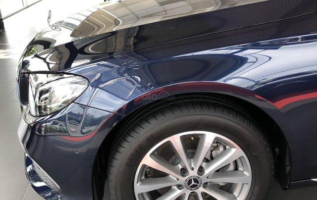 Mercedes E200 thế hệ mới, động cơ mạnh mẽ và trang bị tiên tiến5